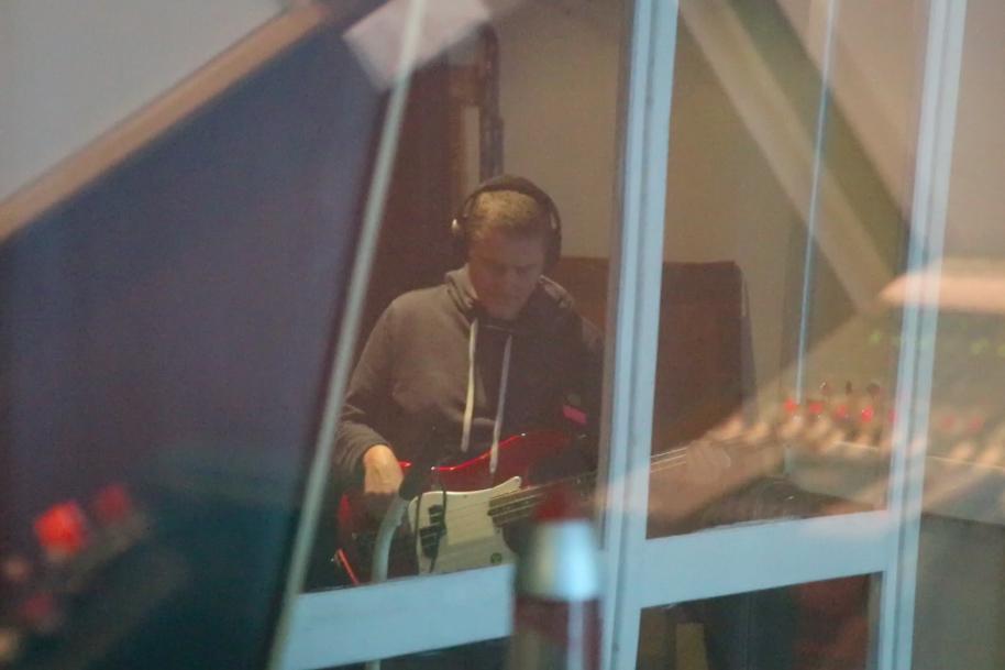 Studio-Aufnahme: Bass