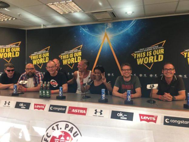 Rolando Random Pressekonferenz am Millerntor HH St-Pauli